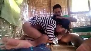 Video Mesum Pasangan Ngewe Digubuk