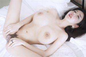 Foto Dewasa Model Cina