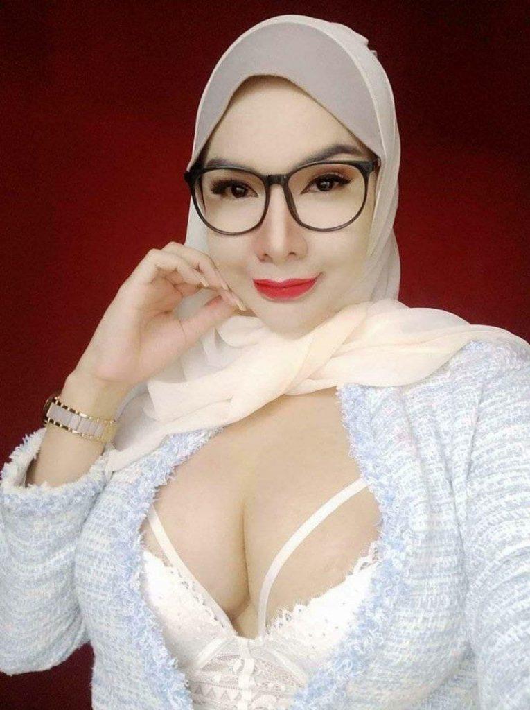 Image Result For Tante Girang Hot