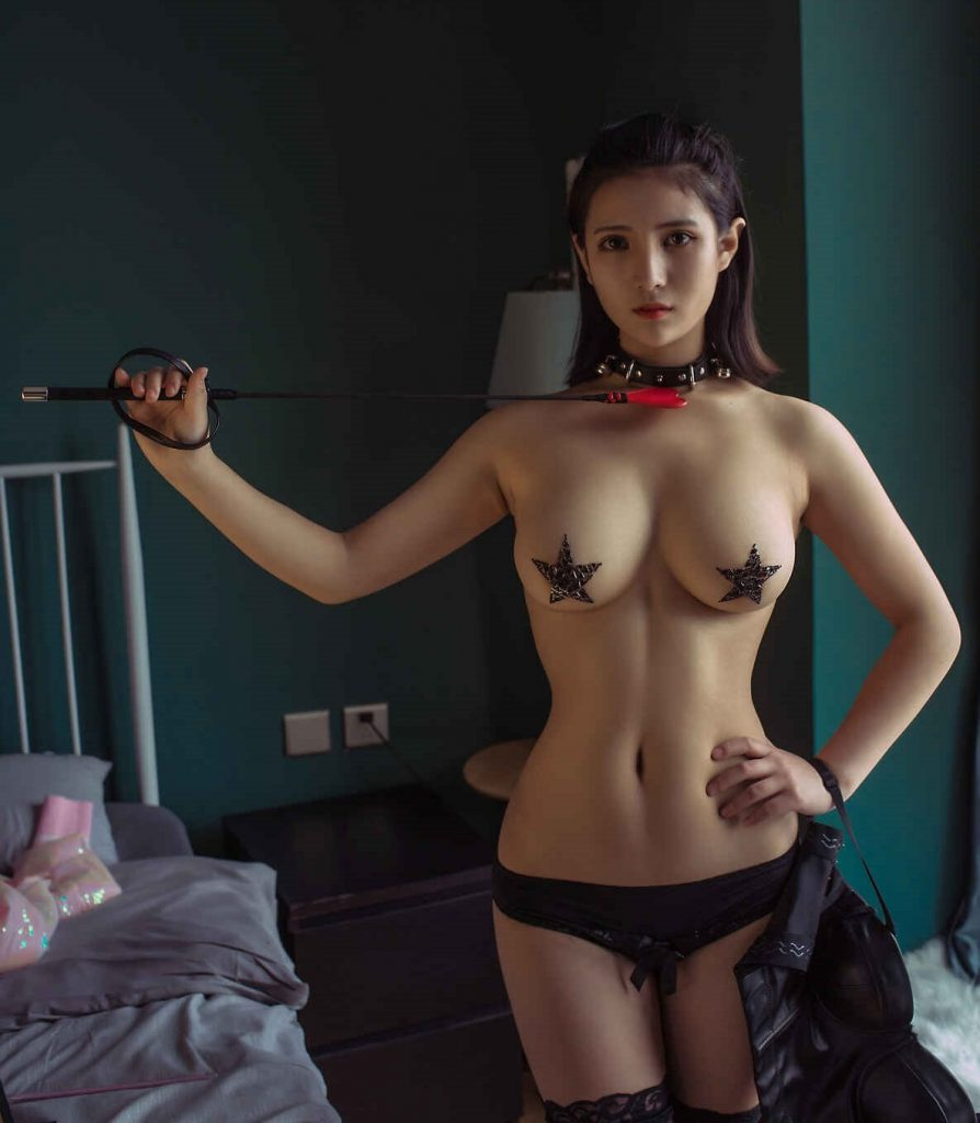 Kisah Sex Dengan Nadia Sahabat Istriku