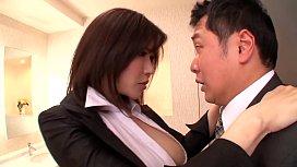 Teman Kantor Yang Hyper Sex