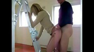 Istri Main Dengan Mekanik Rumah