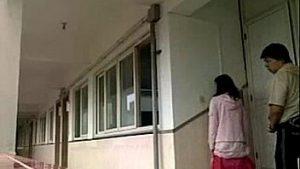 Main Di Tangga Apartment